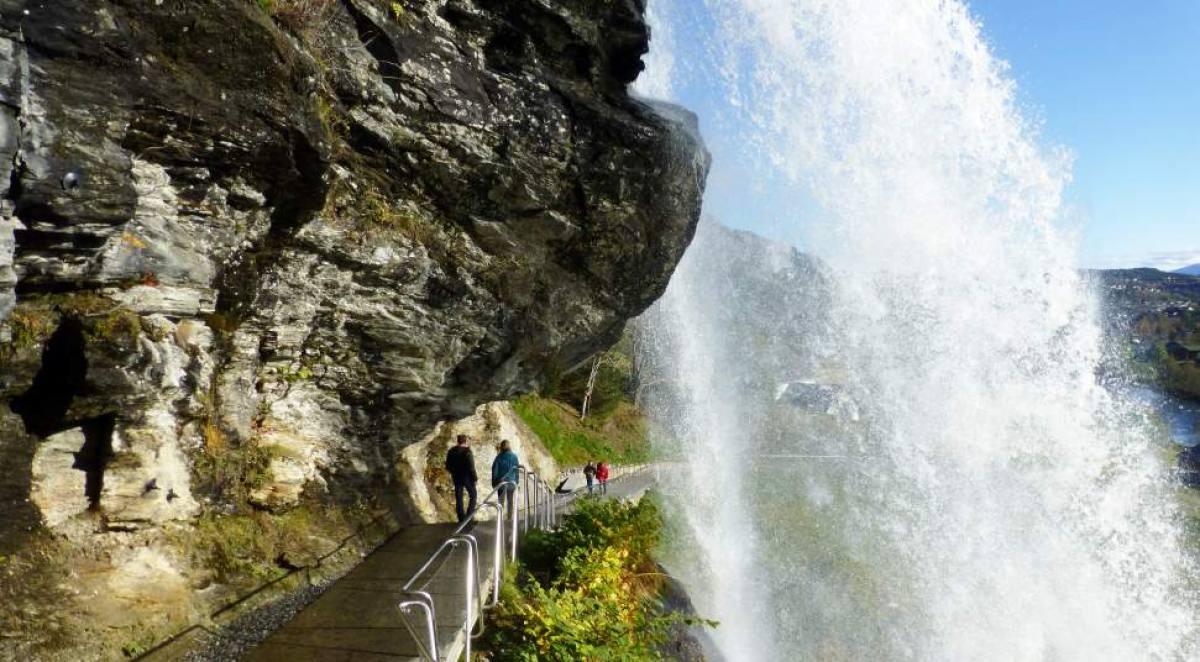 Cascada de Steinsdalsfossen