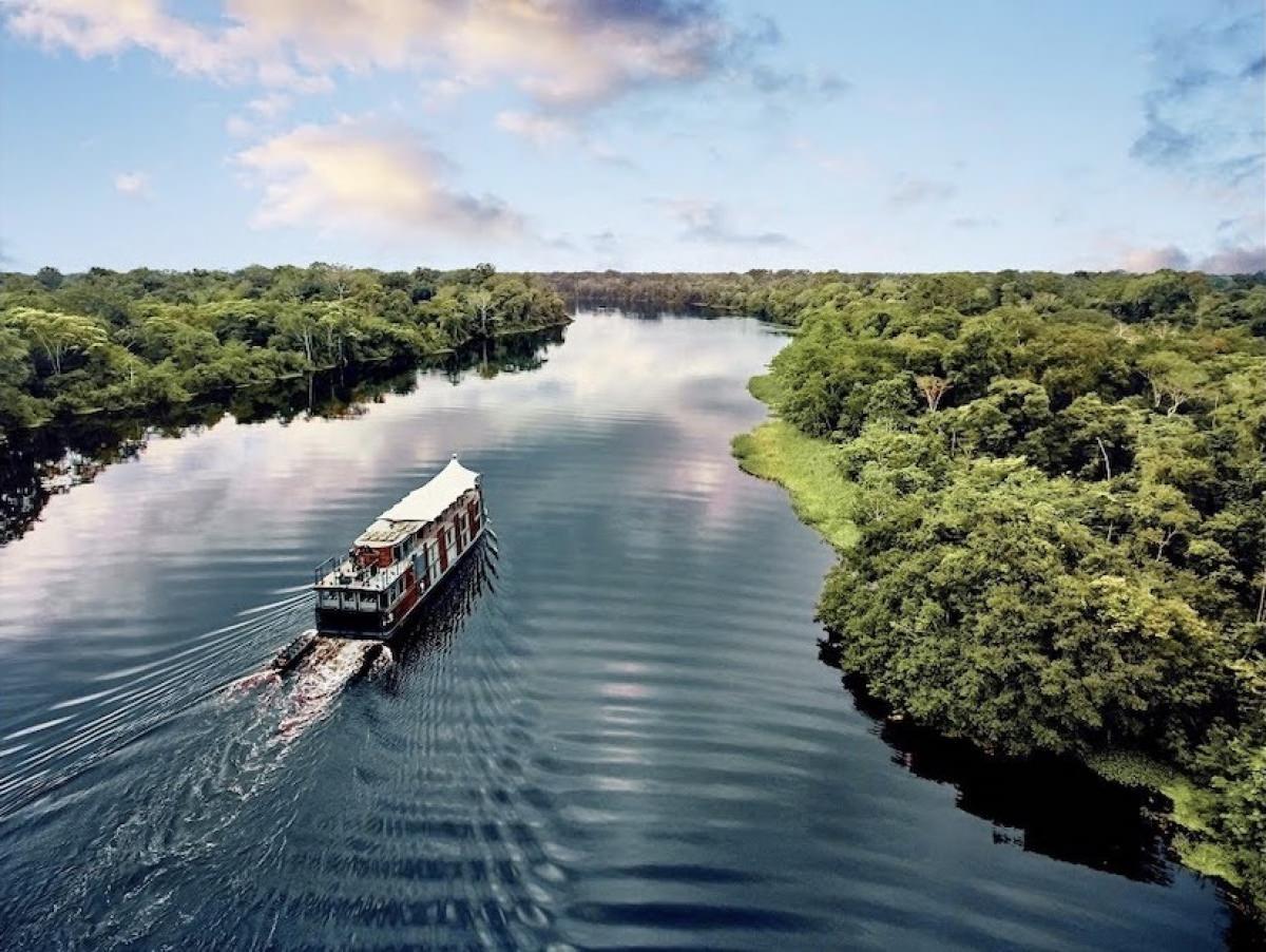 Navegar en crucero por la Amazonía peruana