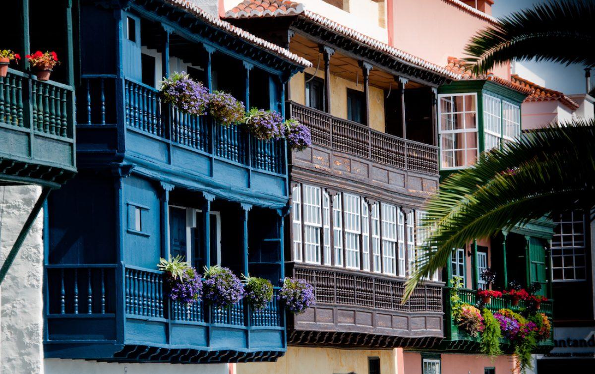 Los balcones de madera canarios