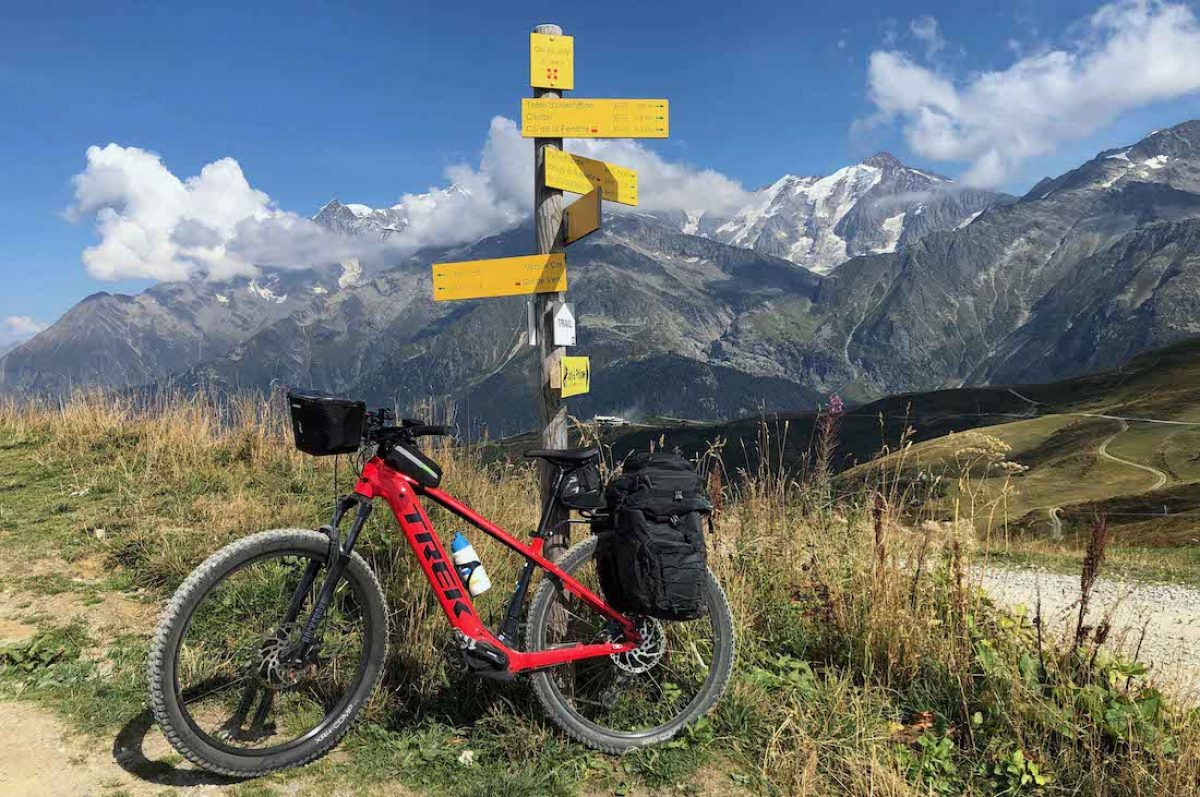 ETAPA 3. Les Houches – Arêches. 52,7 km / 2.095 mts de desnivel acumulado