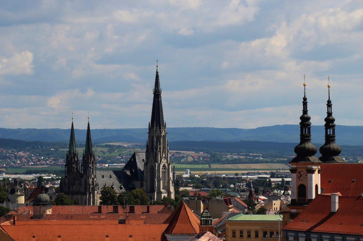 Visitas imprescindibles en una ruta en coche por Moravia del Sur