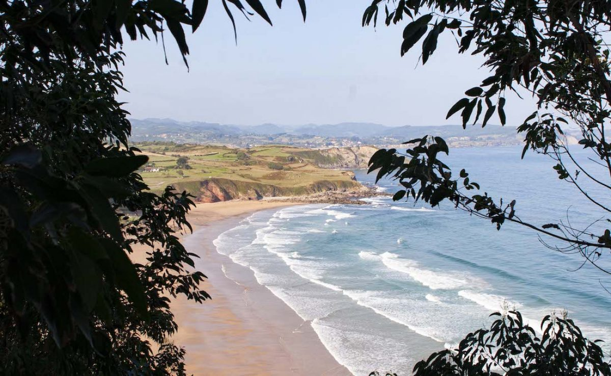 Playas al oeste de Ribadesella
