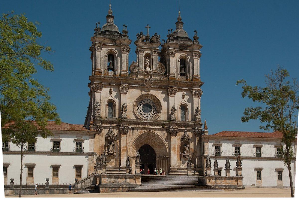 El monasterio de Alcobaça y el de Batalha