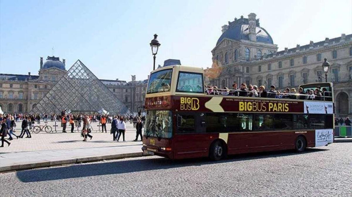 Autobús turístico por París