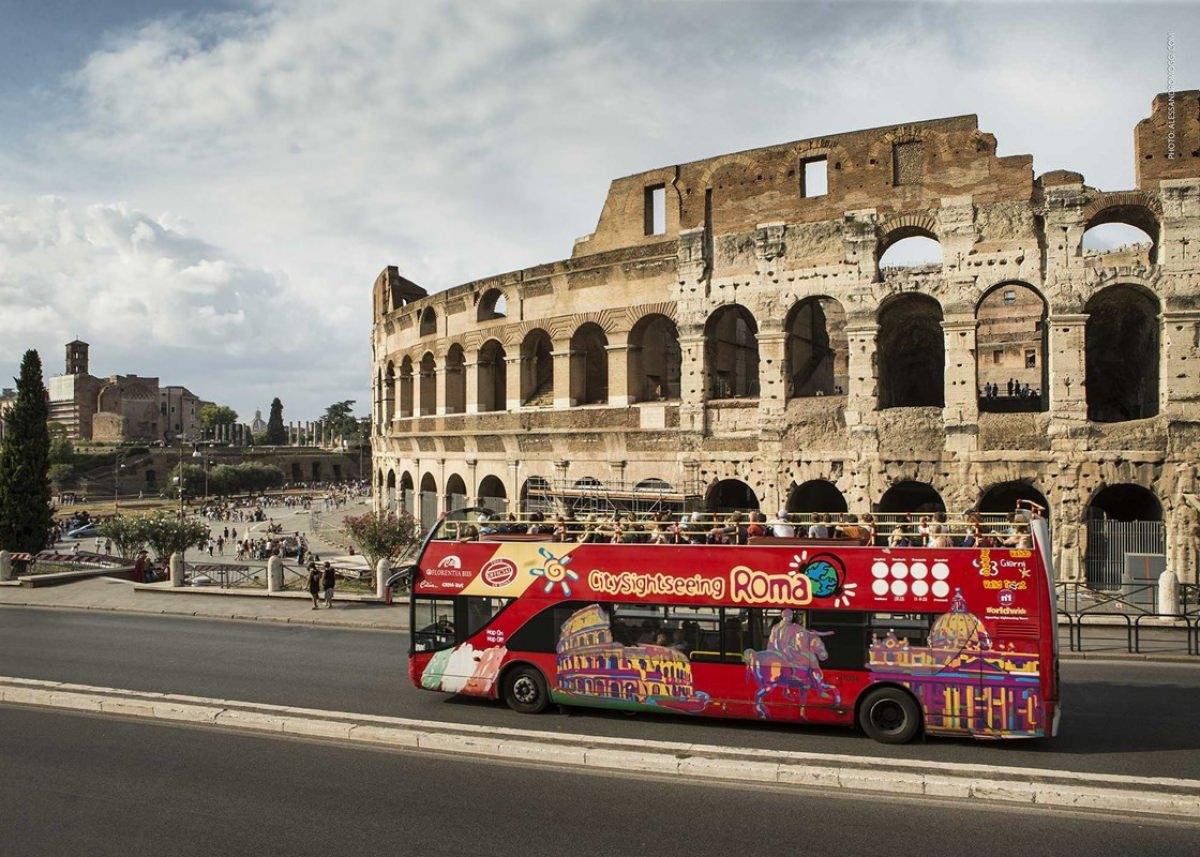 Autobús turístico por Roma