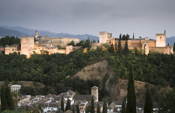 Guía de sitios ineludibles para una primera visita a Granada
