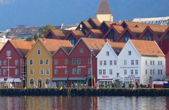 Bergen, la puerta de los fiordos noruegos