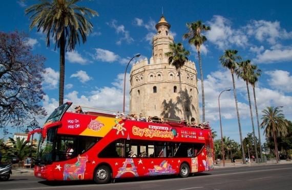 12 autobuses turísticos por ciudades de España